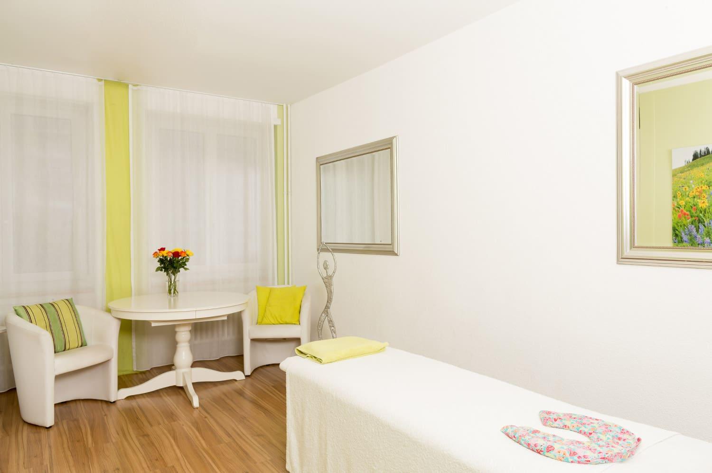 Therapiezimmer für Massage und Naturheilkunde